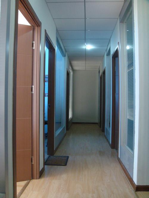 济南市留学人员创业园高新商务港1号楼